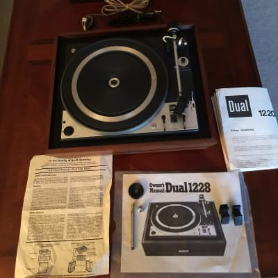 Hi-Fi Heyday: Vintage Turntables, Receivers, and Stereo