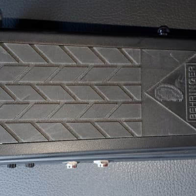 Behringer HB01 Hell Babe Wah Pedal for sale