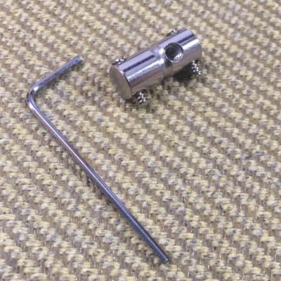 Fender 005-5258-000 '70s Style Bass Bridge Saddle