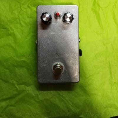 Discordance Electric Distortion Baritone Bass