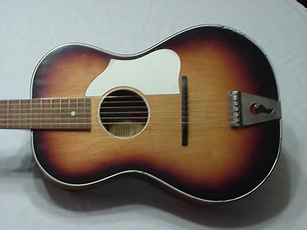 vintage egmond flat top parlor size guitar with adjustable reverb. Black Bedroom Furniture Sets. Home Design Ideas