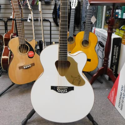 Gretsch G5022CWFE-12 Rancher Falcon Jumbo 12-String Cutaway with Fishman Pickup System White for sale