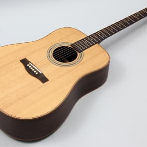 Teton STS150ENT Solid Sitka Spruce Top Dreadnought with Fishman Presys+ Electronics Natural