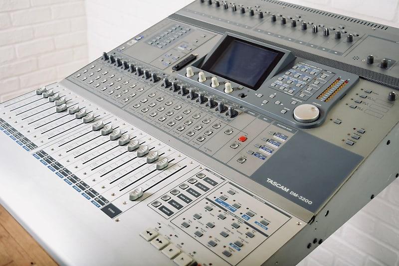 tascam dm 3200 digital mixing console near mint audio mixer reverb. Black Bedroom Furniture Sets. Home Design Ideas