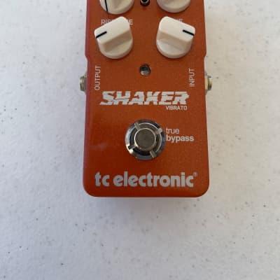 TC Electronic Shaker Original Vibrato Toneprint True Bypass Guitar Effect Pedal