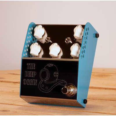 ThorpyFX Deep Oggin Chorus/Vibrato Pedal for sale