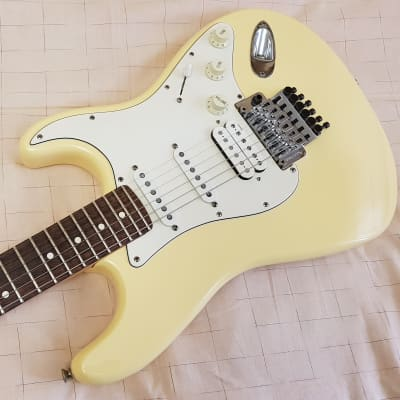 Fender Floyd Rose Classic Stratocaster USA 1996 vintage white for sale