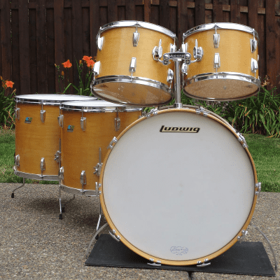 "Ludwig No. 993 Pro Beat Outfit 9x13 / 10x14 / 16x16 / 16x18 / 14x24"" Drum Set (3-Ply) 1969 - 1976"