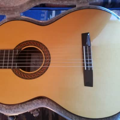 Concert Classical Guitar.Milagro R1/S by Luthier Neris Gonzales. Made in Spain 2017 for sale