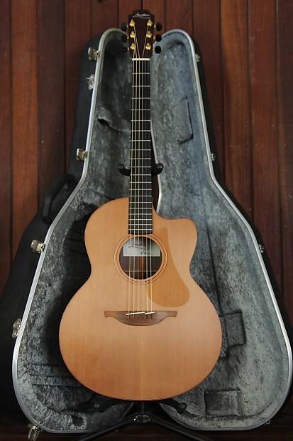 Lowden F25C Cedar Rosewood Cutaway Acoustic Guitar Pre-Owned