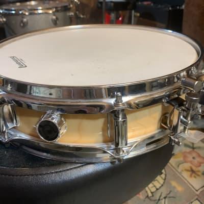 """Ludwig Rocker Elite 3x13"""" Piccolo Maple Snare Drum"""