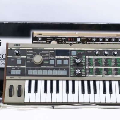 Korg microKorg 37-Key Analog Modeling Synthesizer & Keyboard with Power Supply