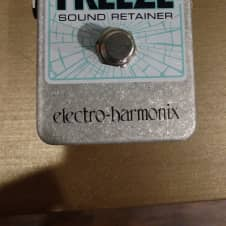 Electro-Harmonix Freeze (With Adapter)
