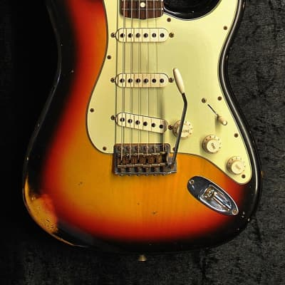 Fender Custom Shop '60 Reissue Stratocaster Relic 2015 3 Tone Sunburst for sale