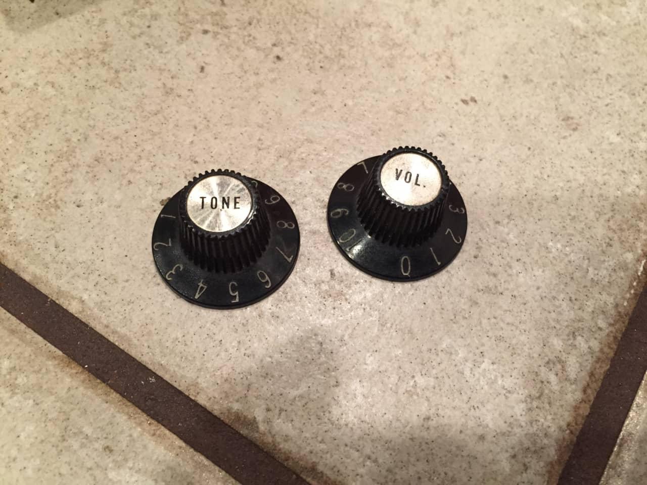 gibson witch hat knobs 39 60s 39 70s vintage 1960s 1970s reverb. Black Bedroom Furniture Sets. Home Design Ideas