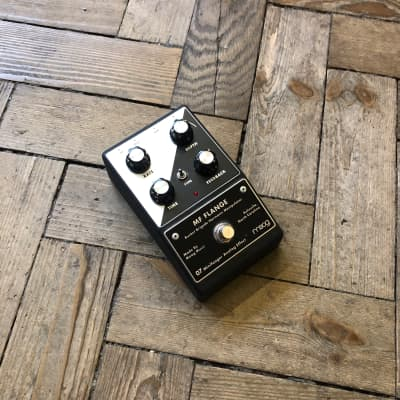 Moog MF Flange for sale