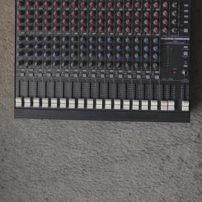 Mackie  CR16   Original Vintage  Analog Mixer  /Tested. Fully Functional/