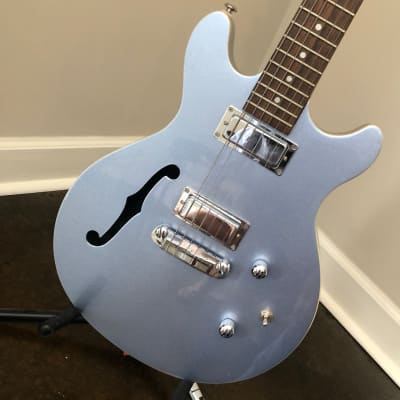 Daisy Rock DR6302 Stardust Retro-H Semi-Hollow Ice Blue Sparkle for sale