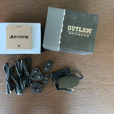 Outlaw Palomino 4HP 2020 power supply for pedal board
