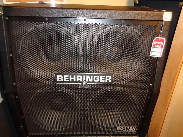 Behringer 4x12 Guitar Cabinet