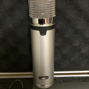 Miktek CV4 Tube Condenser Microphone with Variable Polar Pattern