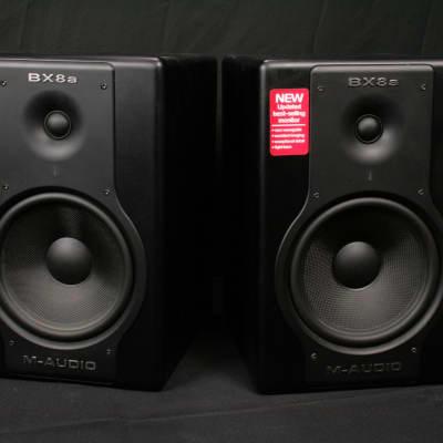 M-Audio BX8a Deluxe monitors