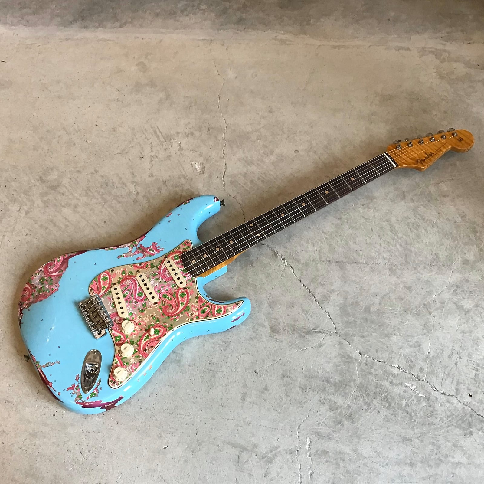Fender Custom Shop 60's Stratocaster Heavy Relic Daphne/Pink Paisley