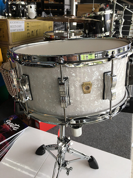 ludwig classic maple snare drum 6 5 x 14 white marine pearl reverb. Black Bedroom Furniture Sets. Home Design Ideas