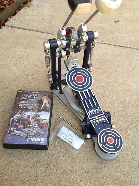 Sonor Giant Step Twin Effect Bass Drum Pedal W Dock And