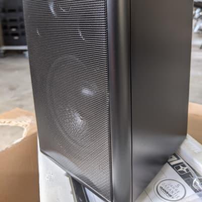 Outdoor / indoor speaker by quadral, the MAXI 440, an aluminum cased 2-way speaker