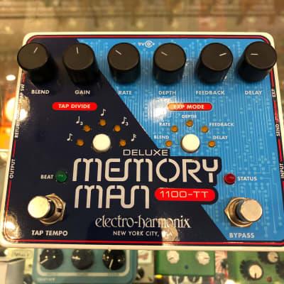Electro-Harmonix Deluxe Memory Man 1100-TT Analog Delay Pedal w/ Tap Tempo