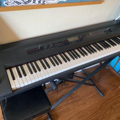 Korg KROSS 88 88-Key Synthesizer Workstation