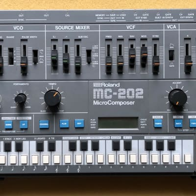 Roland  MC-202 MicroComposer - Kenton CV/Gate Mod