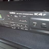 Kawai K4r with ROM firmware 1.4 with a new battery (ROM firmware 1.2 is also included)