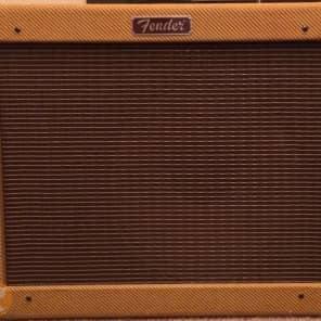 "Fender Blues Junior 15-Watt 1x12"" Guitar Combo 1995 - 2001"