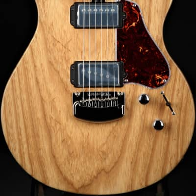 Ernie Ball Music Man Valentine - Satin Natural