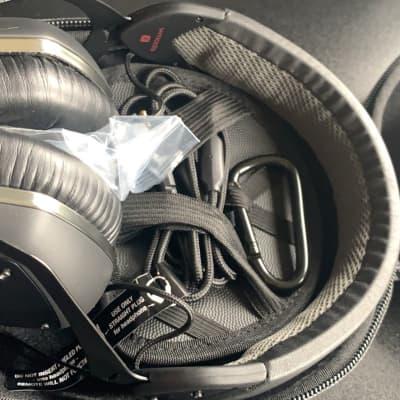 V-Moda Crossfade LP2 Over-Ear Noise-Isolating Headphones