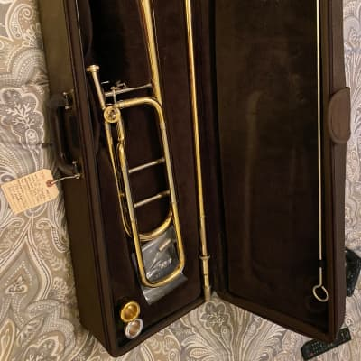 Bach 42BO Strad Tenor Trombone w/ F Attachment (and Case, 2 Mouthpieces)