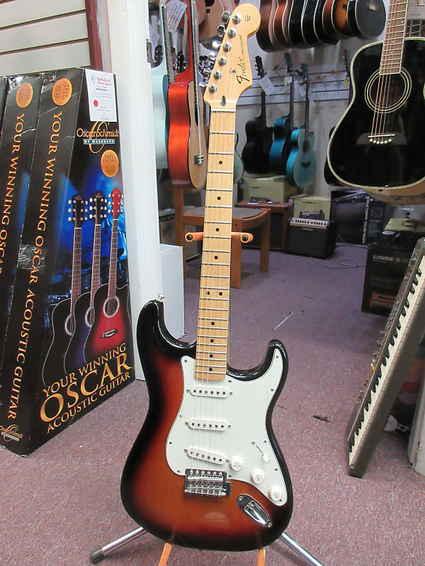fender stratocaster sunburst made in mexico used reverb. Black Bedroom Furniture Sets. Home Design Ideas