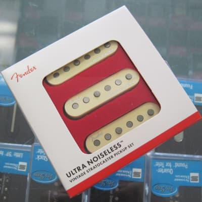 Fender Ultra Noiseless Vintage Stratocaster Pickups Set 0992290000