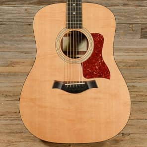Taylor 210 Sitka Spruce / Rosewood Dreadnought 2007 - 2014