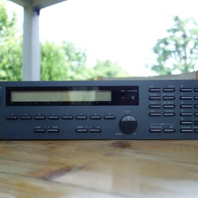 Korg EX M1R Music Workstation + Original  Rack Mounting Ears