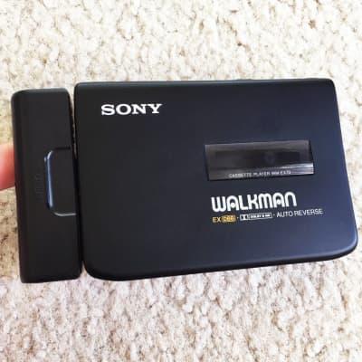 SONY EX70 Walkman Cassette Player ! Excellent Shape ! Working !