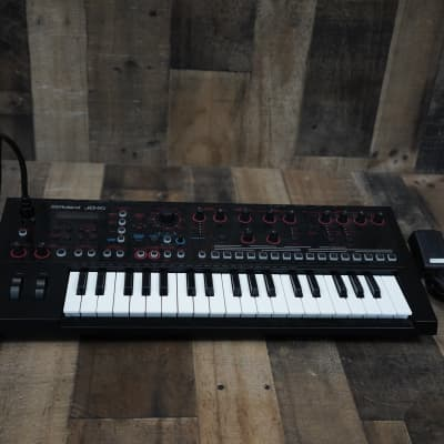Roland JD-Xi 37-Key Analog/Digital Crossover Synthesizer Black and Red W/ Microphone, Power Adapter