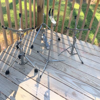 Vintage 60s- 70s Ludwig Hardware 3 Snare stands & Spur Lok Hihat stand (needs repair on hh) and Practice pad
