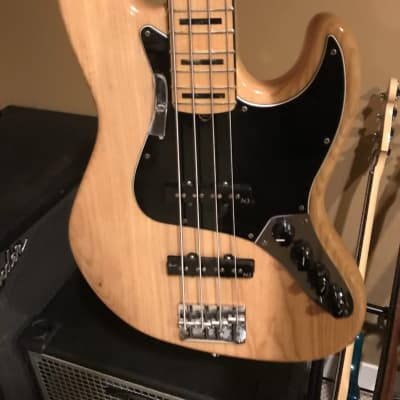 fender jazz bass deluxe american 4 steings 2012 natural for sale