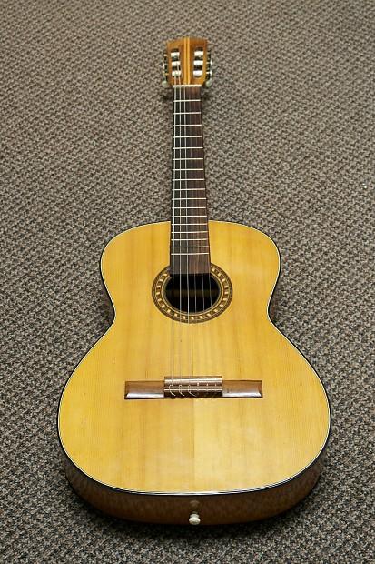 Clemente Segovia Model 488 B Classical Guitar Reverb