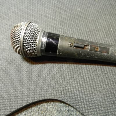 Shure PE50SP Dynamic Microphone NON WORKING Made In USA Shure PE50SP Microphone Needs Repair
