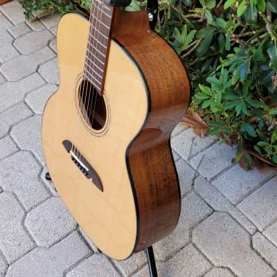 Alvarez AG60AR Grand Auditorium Acoustic Guitar Natural 2018