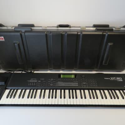 Roland XP80 76 Key Music Workstation with Gator Flight Case